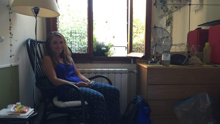 Julia im airbnb in Venedig