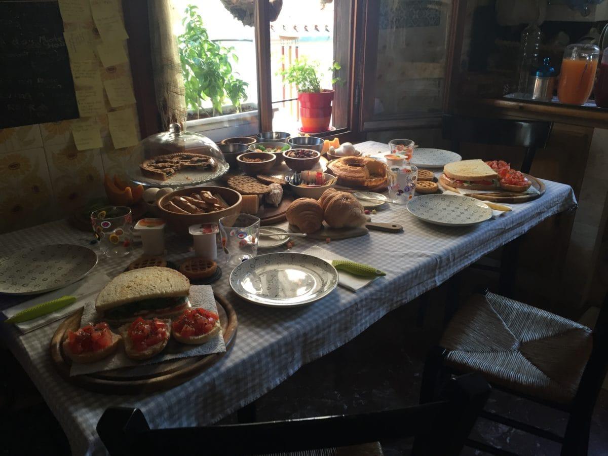 Frühstück im airbnb in Venedig