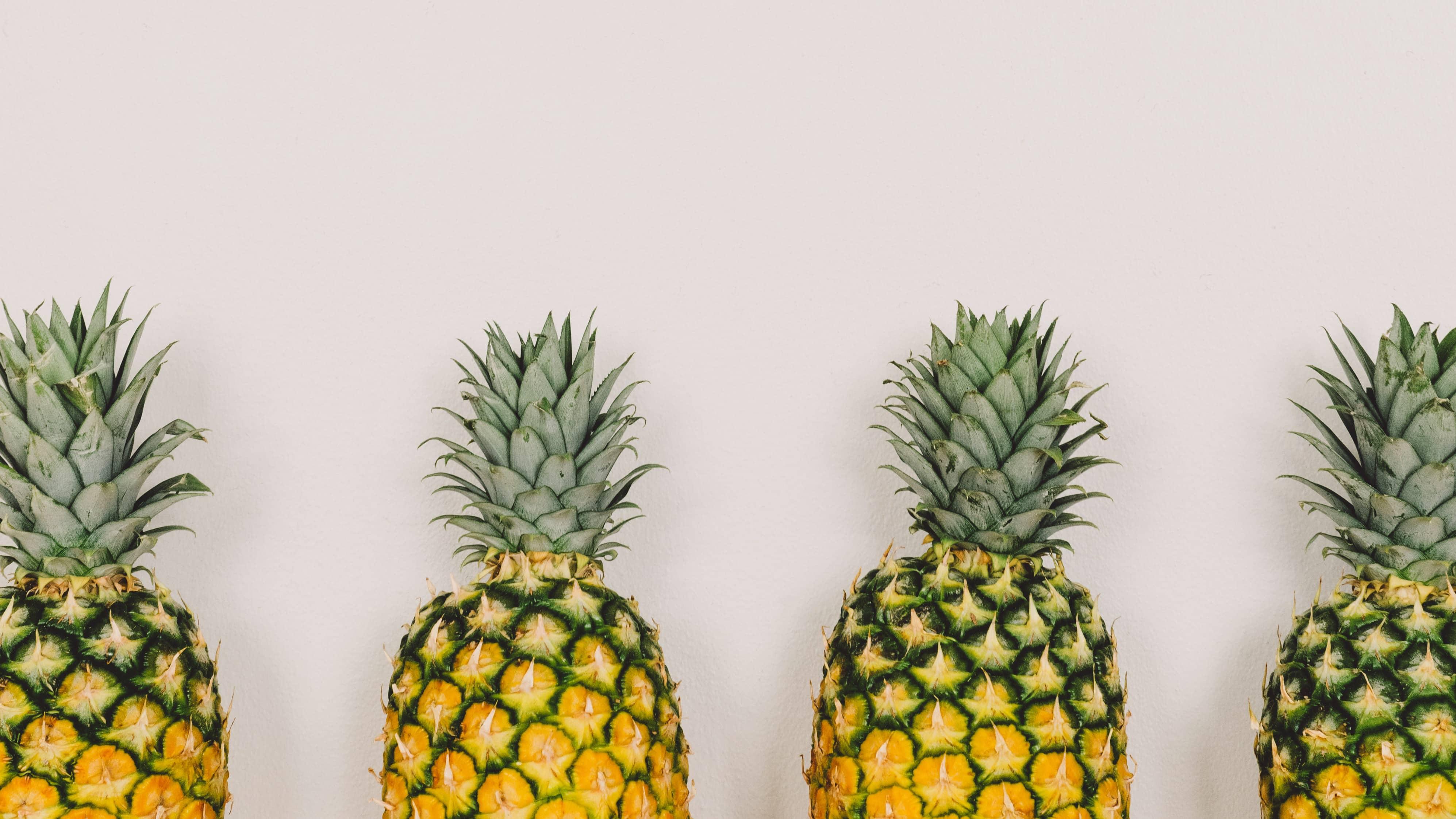Viermal Ananas-Minimalismus