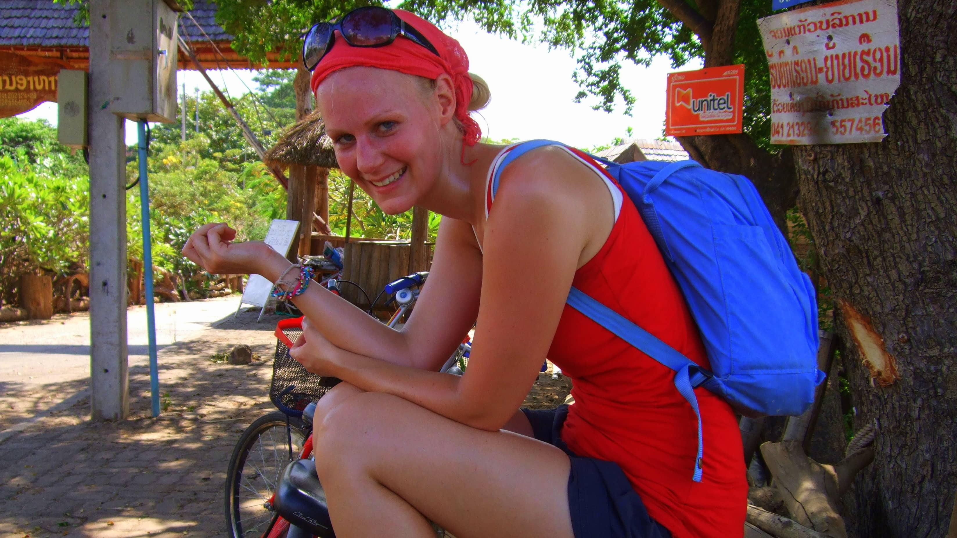 Birte nach einer Fahrradtour in Thailand