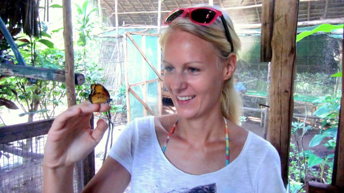 Birte im Butterfly Centre auf Sansibar