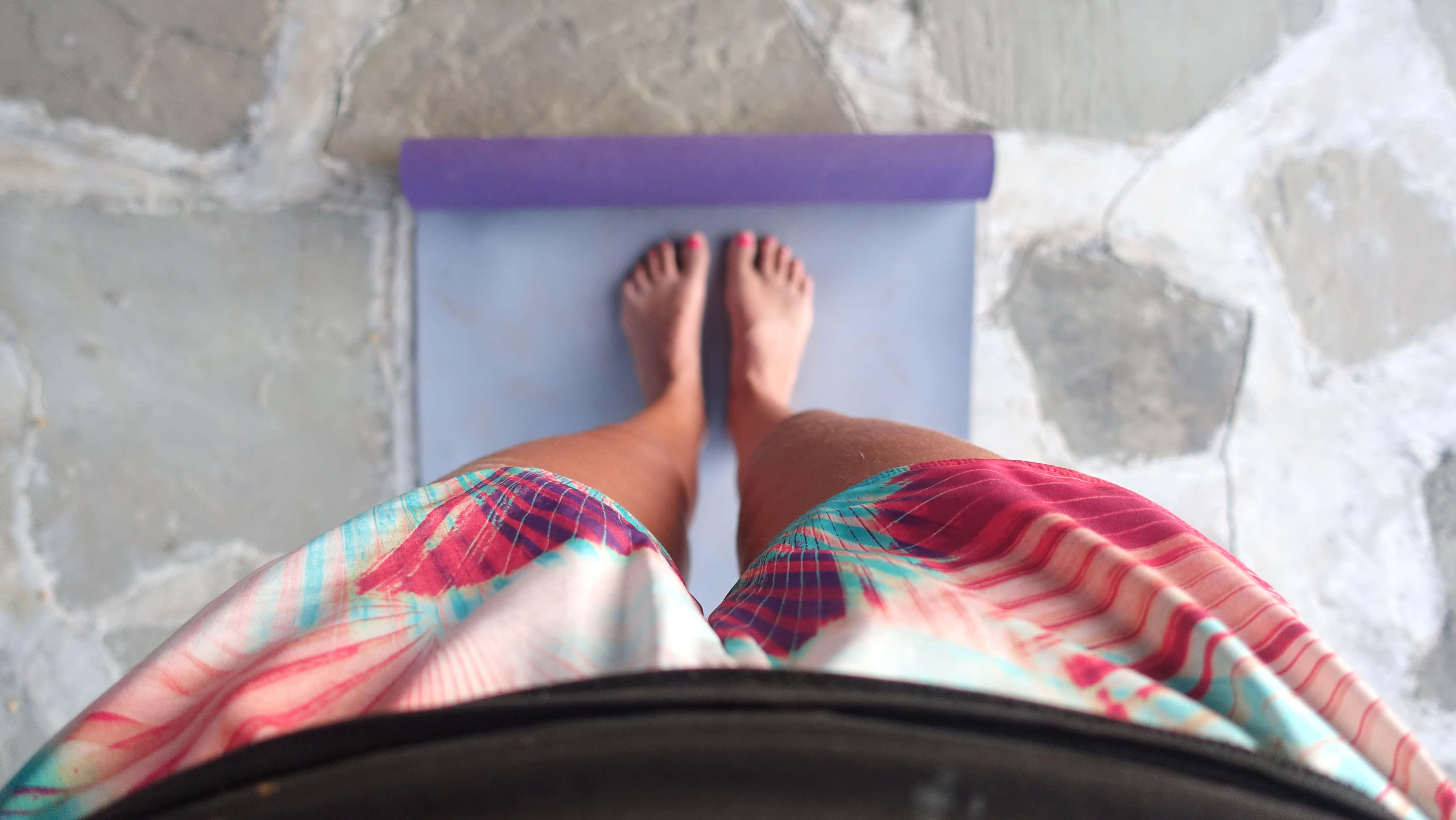 Birte beim Yoga