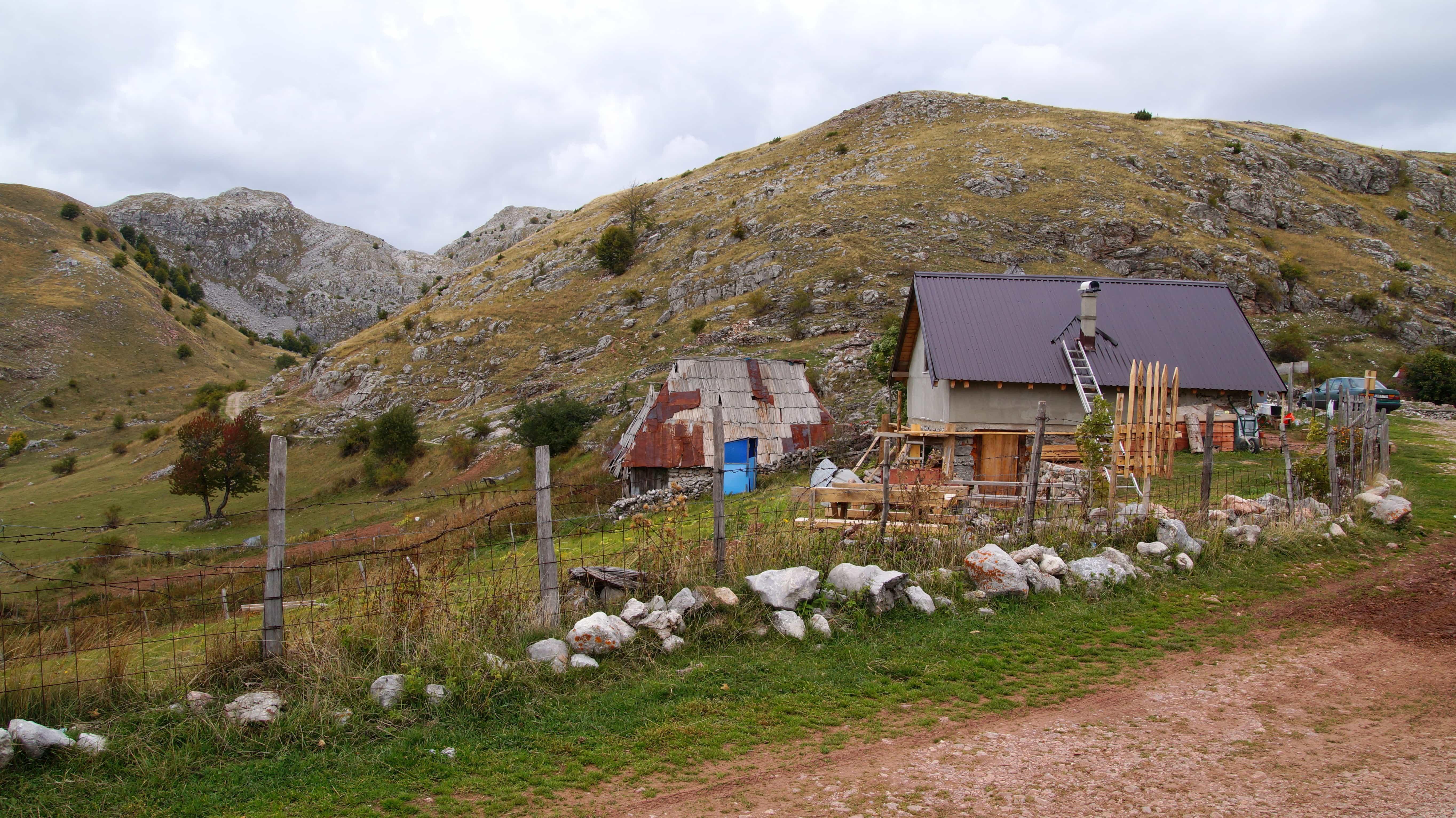 Haus auf dem Land in Sarajevo in Bosnien Herzegowina