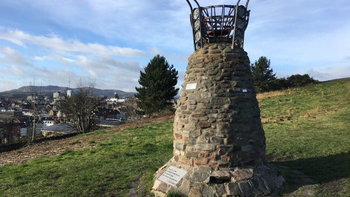 Jane Haining Gedenkstein auf dem Calton Hill in Edinburgh