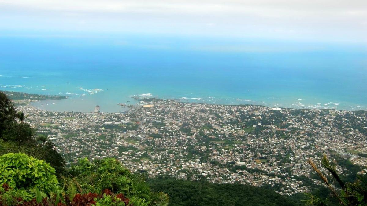 Ein atemberaubender Blick, der sich kaum auf einem Bild einfangen lässt: Puerto Plata aus der Luft.
