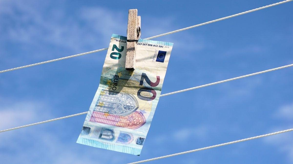 Geld an der Wäscheleine