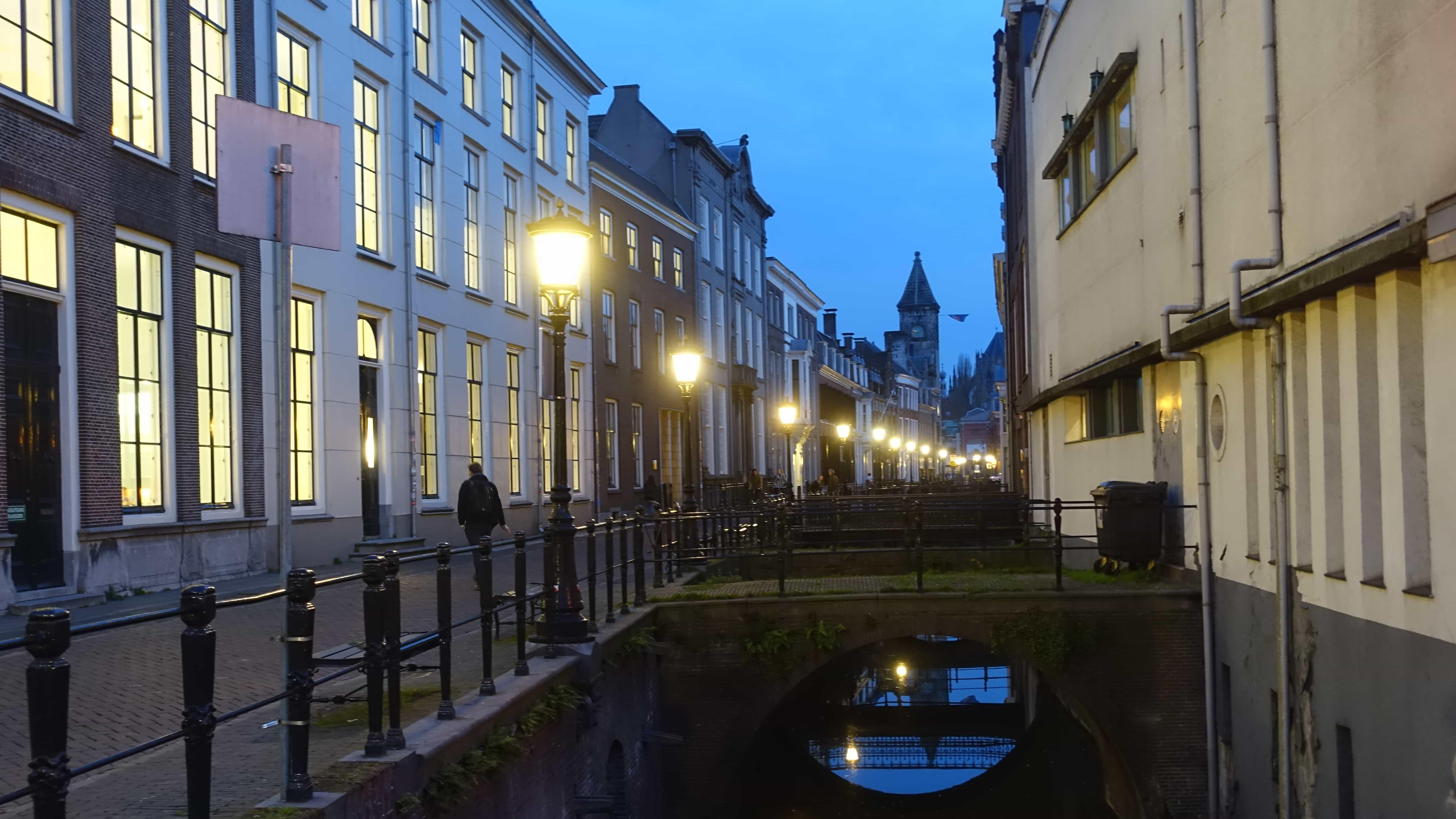 Utrecht in Holland bei Nacht