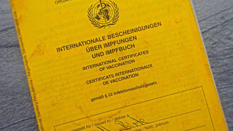 Deutscher Impfausweis zum Gelbfieber