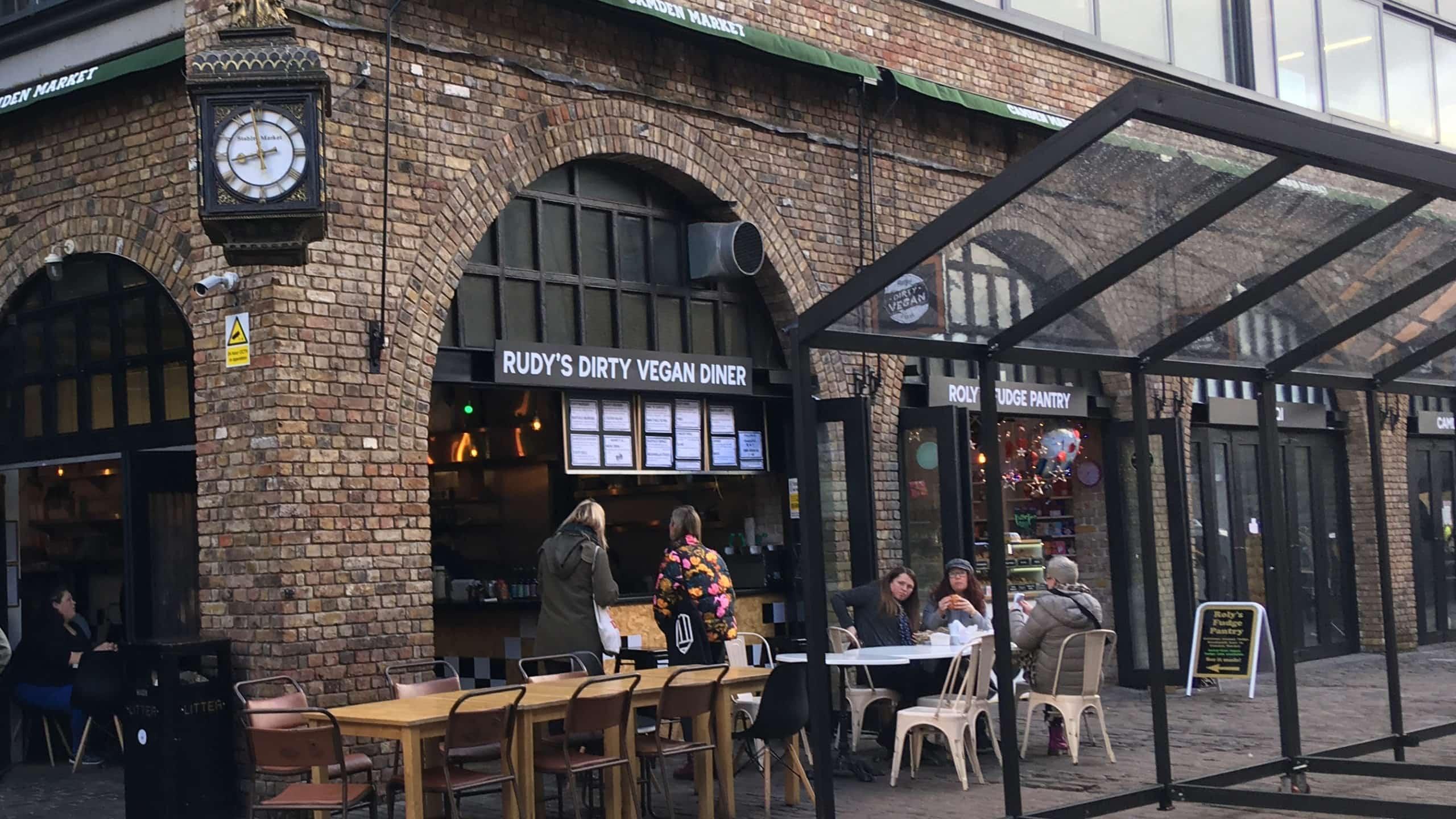 Diner im Camden Lock Market