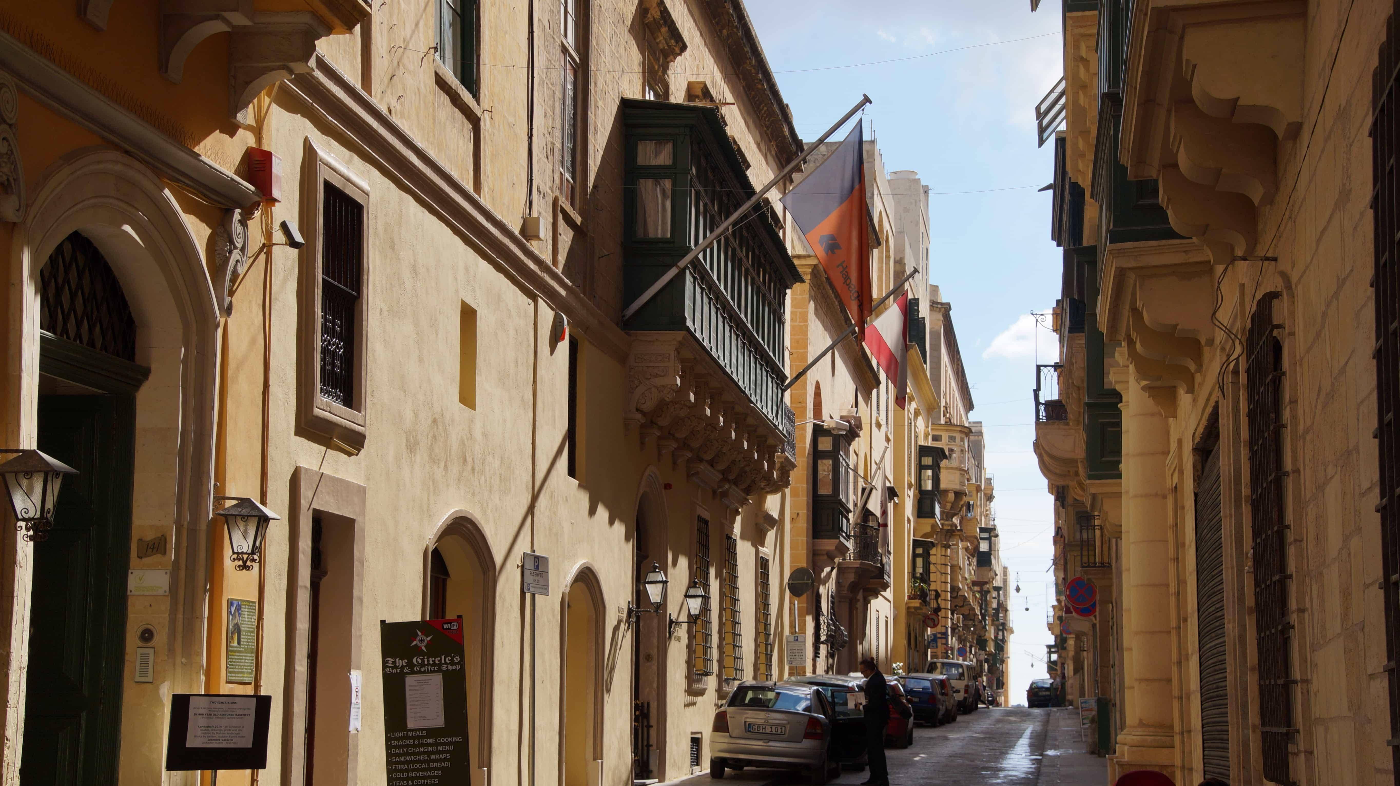 Häusergasse in Valetta in Malta