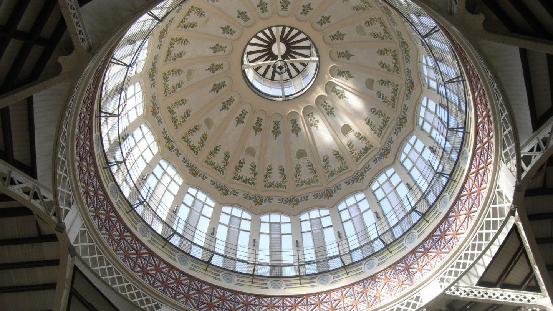 Kuppel des Mercado Central in Valencia