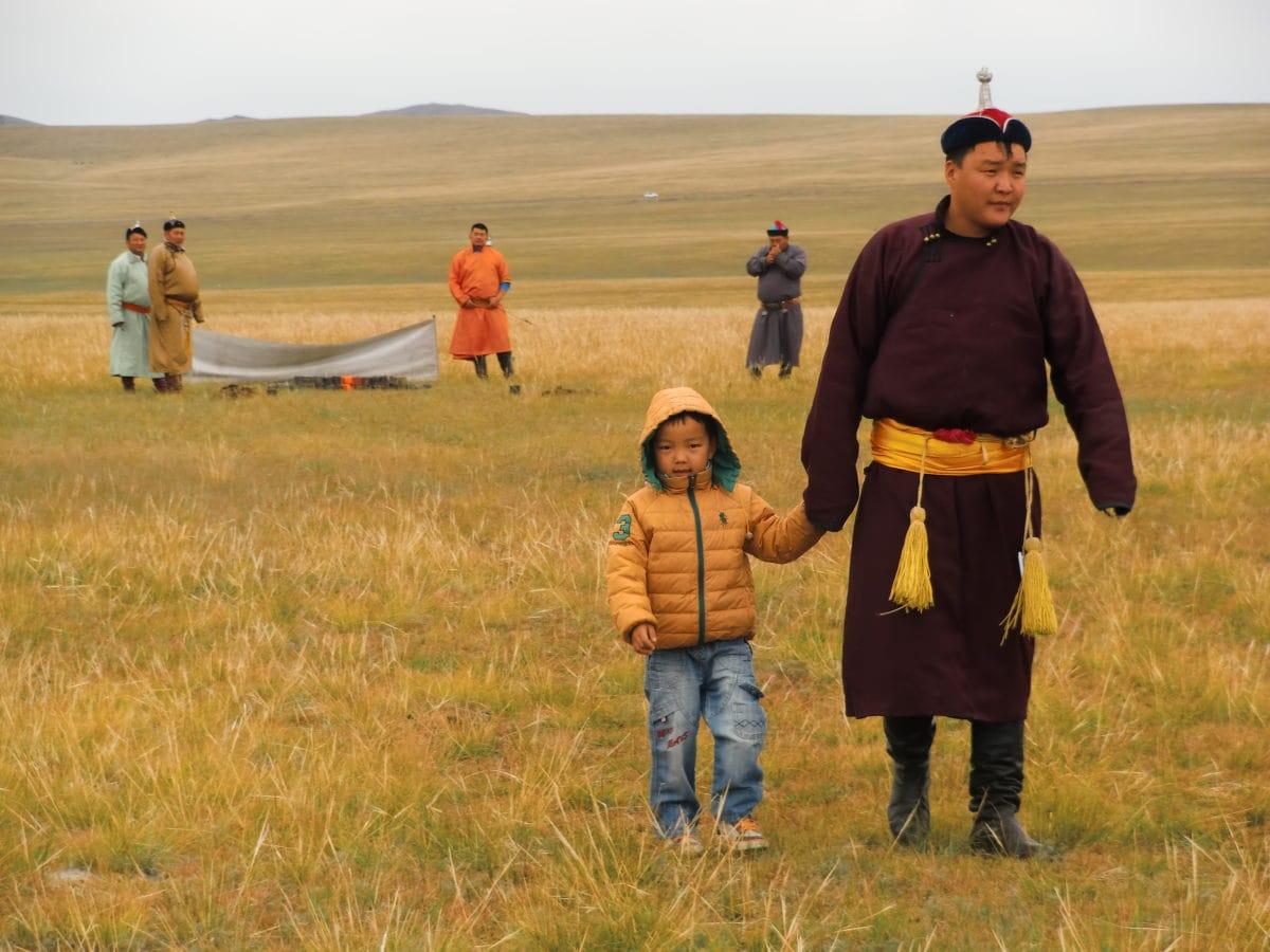 Kleiner Junge auf dem Nomads Day Festival in Gun-Galuut in der Mongolei
