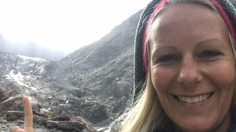 Weiße Weihnachten in Neuseeland: Birte am Fox Glacier