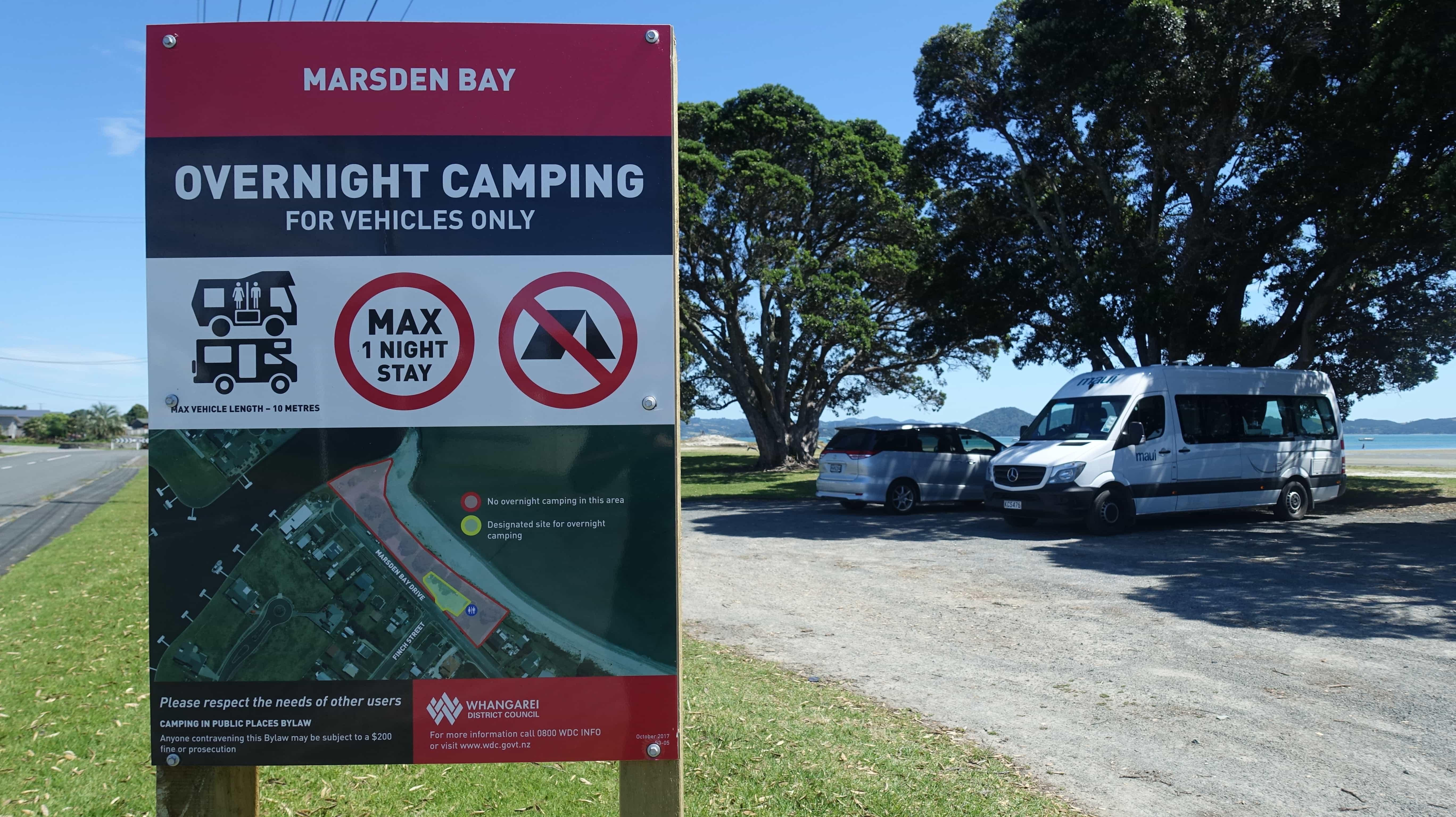 Overnight Camping in Neuseeland in der Marsden Bay