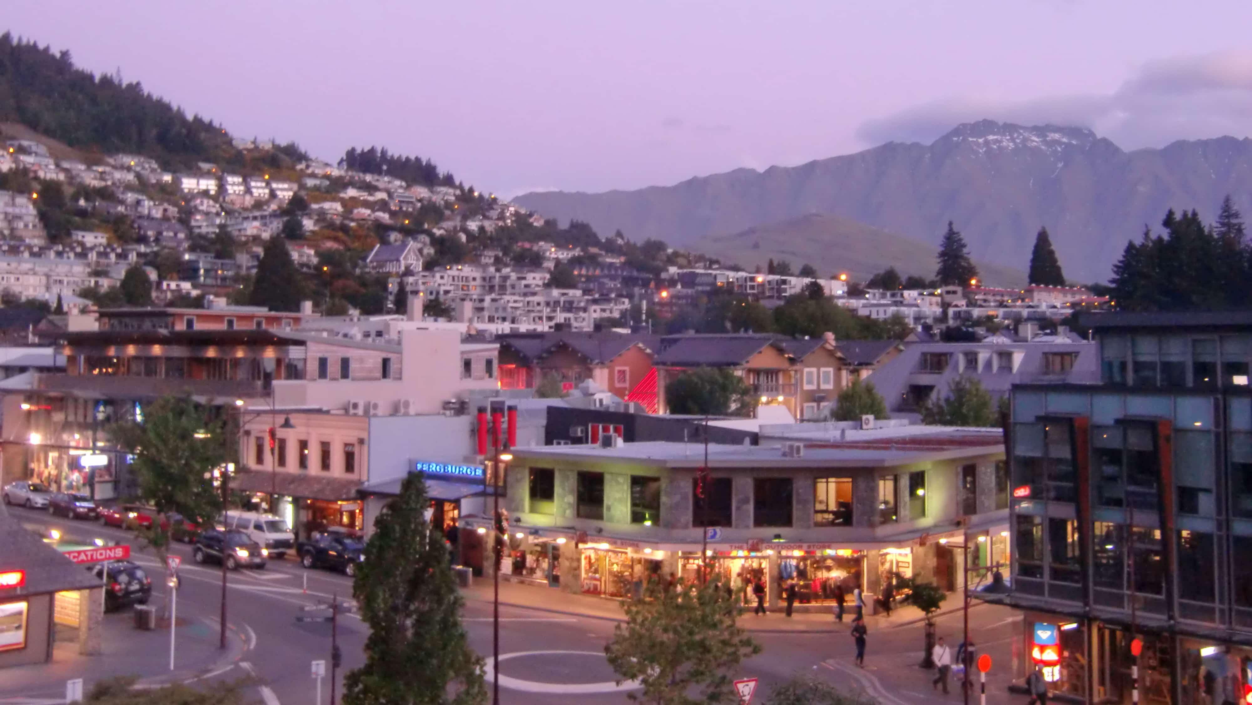 Sonnenuntergang in Queenstown in Neuseeland
