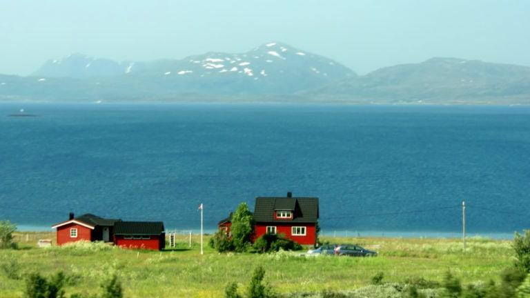 Ein rotes Häusschen in Norwegen