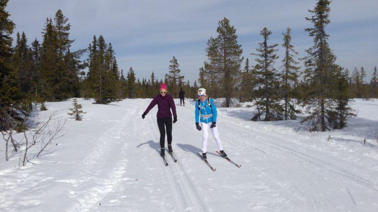 Birte beim Langlaufunterricht mit Anita Moen in Trysil
