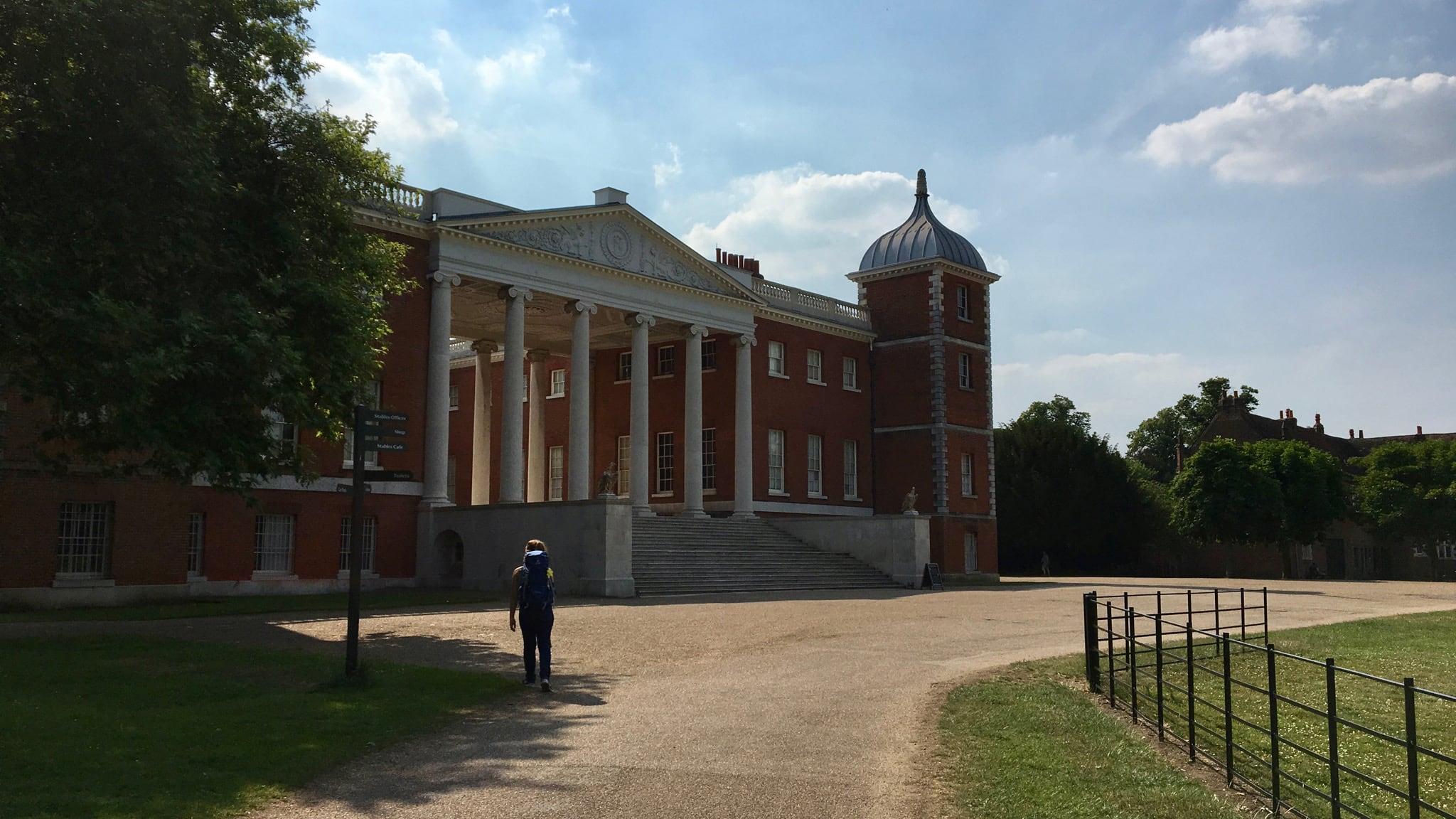 Der Osterley Park in Hounslow in England mit Herrenhaus Osterley