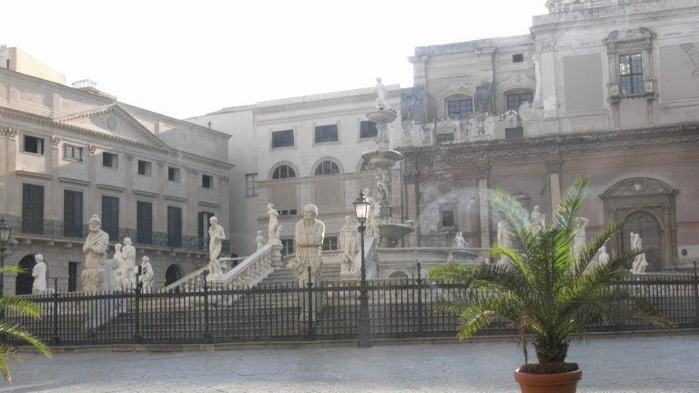 Fontana di Pretoria in Palermo