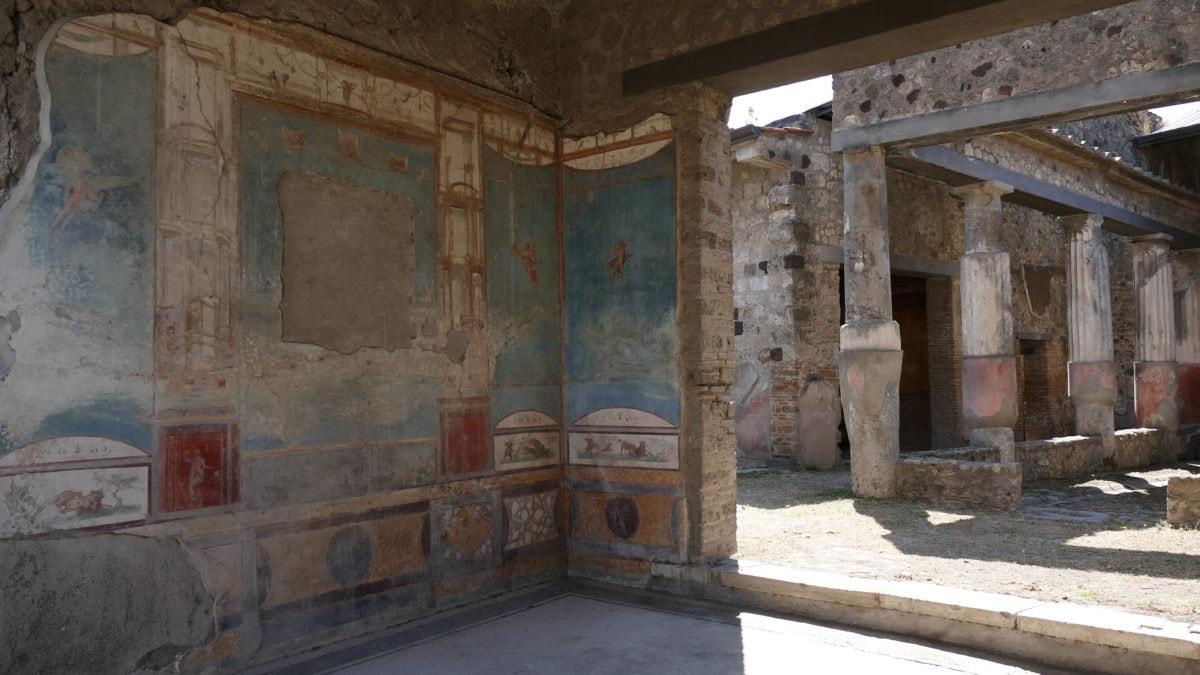 Wandmalerei in einer Villa in Pompeji