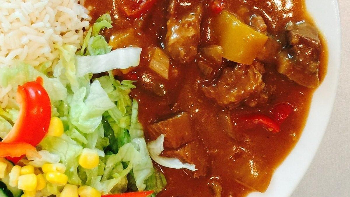 Rotes Curry auf Sansibar