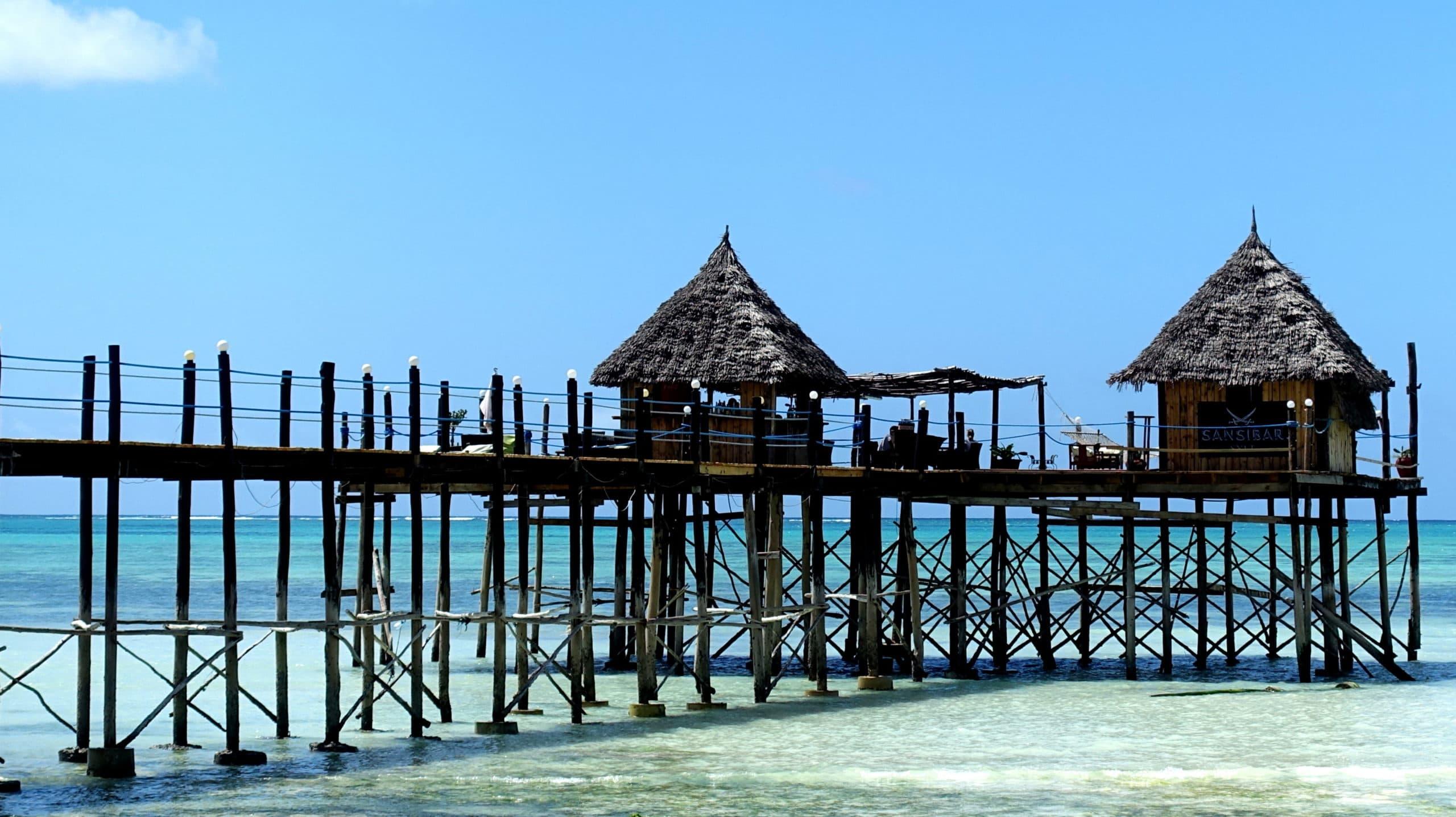 Vor allem der Strand und das Meer sind auf Sansibar wirklich paradiesisch