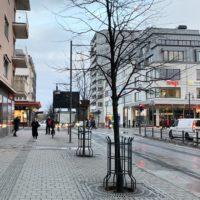 Obwohl ich Anfang Januar in Luleå war, lag kaum Schnee und wir hatten sogar Plusgrade. Die Einkaufsstraße war komplett Schneefrei. Unglaublich oder? So kurz vor dem Polarkreis ...