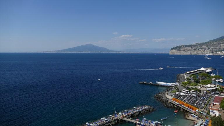 Blick von Sorrent über den Golf von Neapel