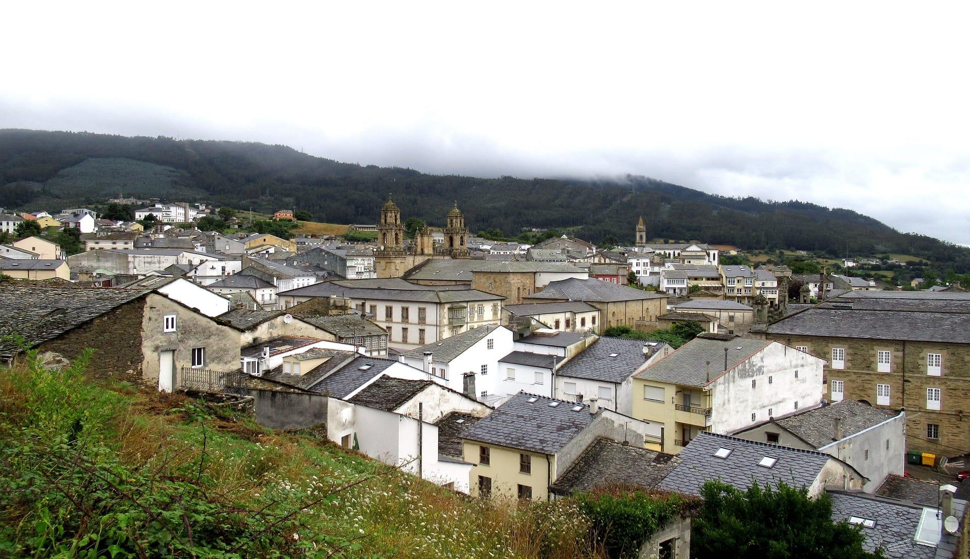 Da es noch früh am Tag ist, vertreiben wir uns die Zeit in Lugo.
