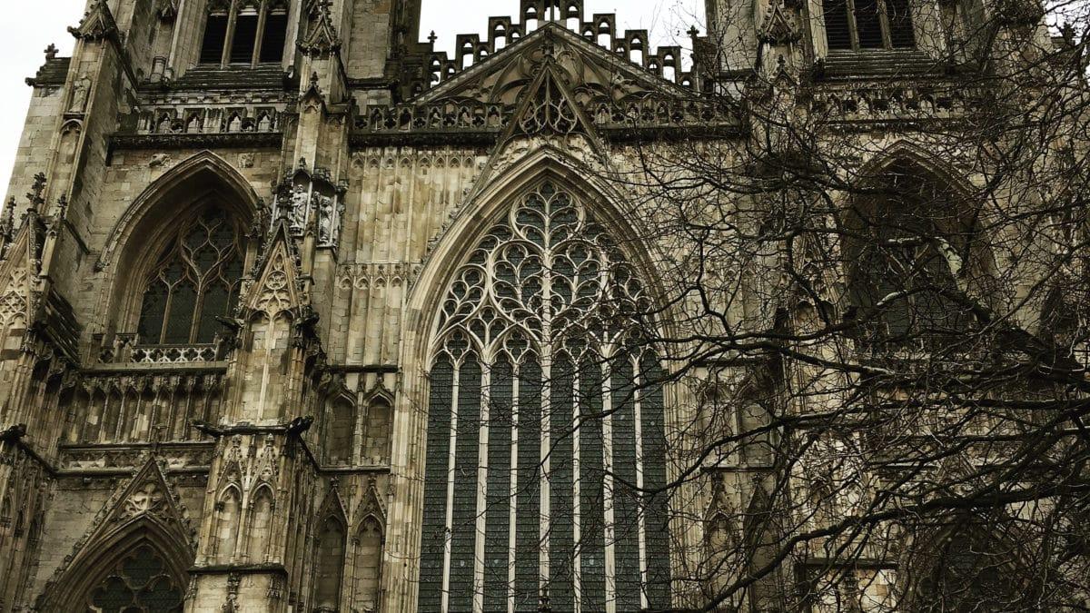 Ein Front-Ausschnitt der Kathedrale York Minster